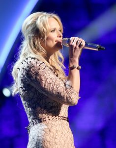 Miranda Lambert - 2014 MusiCares Person Of The Year Honoring Carole King - Roaming Show