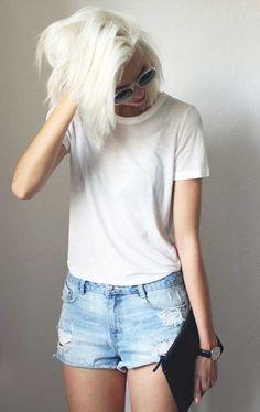 20 Best Short Bleached Blonde Hair | http://www.short-haircut.com/20-best-short-bleached-blonde-hair.html