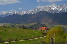 Top 5 locuri uimitoare, despre care nu ai crede că sunt în România, pentru un roadtrip cu familia Top 5, Mountains, Nature, Travel, Naturaleza, Viajes, Traveling, Natural, Tourism