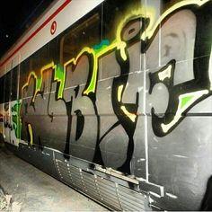 RUBIE #graffiti  #wallart #walls #wall  #graffitiart #ontheroad #wild #urbanart #arteurbano #graff #daycolors  #spraypaint #blegends #bcnlegends  #barcelona #mtncolors #belton #flame #bombing #mural  #ironlak #mtn #hipho by urbangraffitis