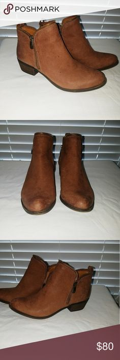 Tan Ankle Boots Worn a few times Vince Camuto Tan ankle boots Vince Camuto Shoes Ankle Boots & Booties