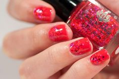 31 Day Challenge 2014: Day 1, Red nails Emily de Molly Scarlet's red and L'Oreal Jolly Lolly jelly sandwich