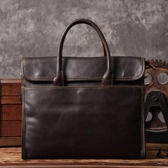 137.79$  Watch here - http://alig54.shopchina.info/1/go.php?t=32809761180 - 2017 Crazy Horse Genuine Leather Bag Casual Men Handbag Classic Crossbody Bag Men Travel Bag Tote Laptop Briefcase Vintage Bags  #shopstyle