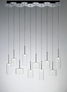 3e111_04-The-Spillray-10-Light-Chandelier-from-AXO.jpeg (500×681)