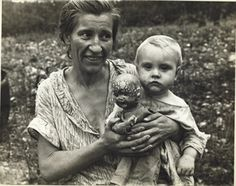 Wife and Child of a Sharecropper (Mrs. Mulhall), Ozark Mountains, Arkansas, 1935