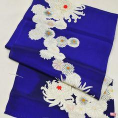 Flower patterned, kimono cloth / 菊花柄をつなぐように染めあげた洗い張り済み着尺地反物    #Kimono #Japan http://global.rakuten.com/en/store/aiyama/