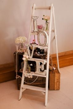 Retro wedding inspiration from Richard Wilkinson Photography www.bellabride.co.za