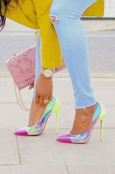 Zapatos de mujer R - Moda - # Zapatos de mujer - Damenschuhe - High Heel Pumps, Pumps Heels, Neon Pumps, Pink Flats, Shoes High Heels, Neon Yellow Shoes, Yellow Blazer, High Boots, Wedge Heels