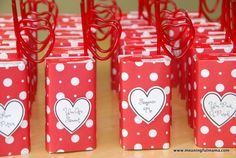 Valentine's Day Juice Boxes with Printable - Great option for Valentine's class parties.