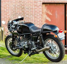Today on returnofthecaferacers.com - A BMW R80 #CafeRacer build by James…