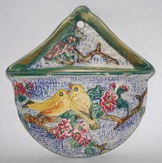 Vintage Weller Weller Pottery, Pottery Vase, Pie Bird, Vintage Planters, Asian, Retro Home Decor, Retro Chic, Wall Pockets, Vintage China