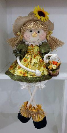 espantalha de corda ...... Scarecrow Doll, Scarecrow Crafts, Halloween Crafts, Halloween Decorations, Scarecrows, Diy And Crafts, Arts And Crafts, Fall Sewing, Christmas Swags