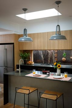 charcoal grey kitchen with light timber cabinets and industrial grey metal pendants over kitchen island Timber Kitchen, Grey Kitchen Cabinets, Kitchen Island, Dark Cabinets, Rustic Kitchen, Kitchen Colour Schemes, Kitchen Colors, Home Design, Design Ideas