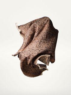 bf77aee58574 Accessoires pour femme de l hiver de Massimo Dutti, un must pour votre  dressing. Découvrez les promotions sur les montres, bijoux ou lunettes de  soleil.