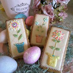 Gingerbread flowerpot flower cookies mother's day