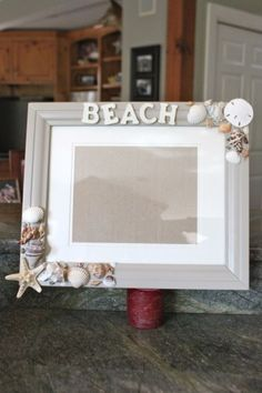DIY beach picture frames - fast and easy!