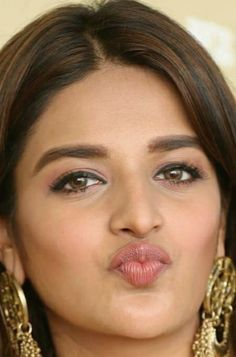 Beautiful Girl Photo, Beautiful Girl Indian, Most Beautiful Indian Actress, Beautiful Lips, Bollywood Actress Hot Photos, Indian Bollywood Actress, Beautiful Bollywood Actress, Beautiful Actresses, Nidhi Agarwal Hot
