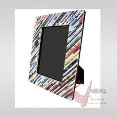 rahmen aus zeitungspapier basteln pinterest rahmen bilderrahmen und zeitung. Black Bedroom Furniture Sets. Home Design Ideas
