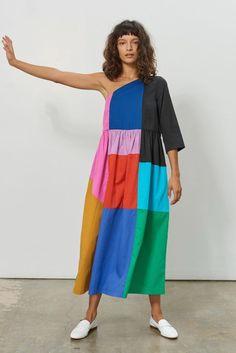 Mara Hoffman Spring 2018 Runway Pictures - Mara Hoffman at New York Fashion Week Spring 2018 – Runway Photos Source by - New York Fashion, Fashion Week, Runway Fashion, Fashion Trends, Dubai Fashion, Fashion Hacks, Fashion 2017, Fashion Dresses, Weird Fashion