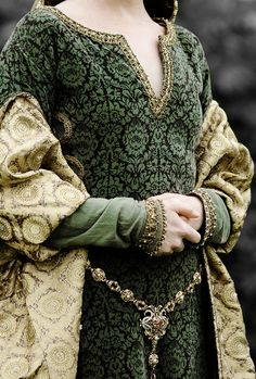 Wolf Hall + Costume Details | ©