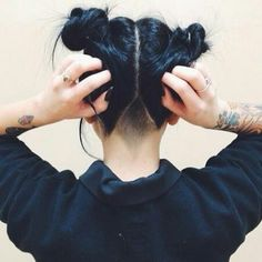 undercut and buns