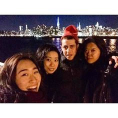 #newyork#newyorkcity#ny#nyc#japanese#friends#leapyear#leapday#fun#view#skyline#manhattan#brooklyn#greenpoint#studyabroad#travel#travelingram#exploreeverything#building#love#ニューヨーク#アメリカ#摩天楼#マンハッタン#ブルックリン#グリーンポイント#夜景#留学 by nana_jitsukawa