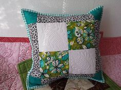 Vankúš patchwork by lidula - SAShE. Diaper Bag, Throw Pillows, Quilts, Blanket, Bed, Handmade, Accessories, Scrappy Quilts, Toss Pillows