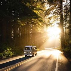 Although I'm on the other side of the globe exploring the beautiful country of Nepal, my heart will always be in Cali. Missing the bus and… Motorhome, Kombi Home, Drop Lights, Hippie Lifestyle, Wild Spirit, Its A Mans World, Vw T1, Volkswagen Bus, The Beautiful Country