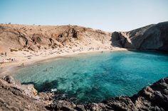 papagayo beach blog voyage Lanzarote Most Beautiful Beaches, World's Most Beautiful, Photos Voyages, Beach Trip, Beach Travel, Road Trip, Blog Voyage, Island Beach, Canary Islands