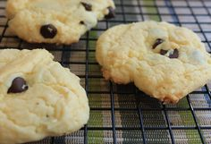 See Aimee Cook: Cake Batter Chocolate Chip Cookies Super Easy Recipe!