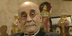 Warren Mitchell, the veteran actor most beloved for his screen alter ego Alf Garnett, has died aged 89. univ.ox.ac.uk