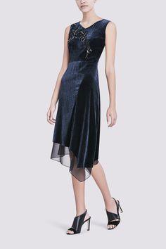 Elie Tahari Embellished Nightfall Sequin Velvet Midi Dress. Taille 38.