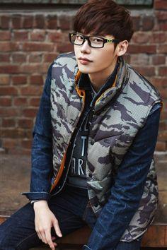 Lee Jong Suk Cute, Lee Jung Suk, Asian Celebrities, Celebs, Young Male Model, Han Hyo Joo, Hallyu Star, Seo In Guk, Korean Fashion Men