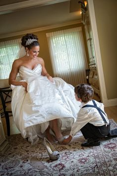 Wedding Poses How darling is this Cinderella-inspired shot? - We've rounded up some of the most memorable shots featuring little lads from real weddings! Wedding Picture Poses, Wedding Poses, Wedding Pictures, Wedding Dresses, Bride Pictures, Mom Pictures, Lace Weddings, Hair Pictures, Wedding Tips