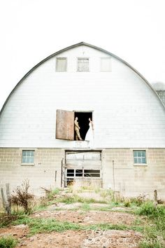 Overton wedding? There has to be a big pull barn somewhere between Gaylord and Macomb :P