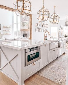 Home Interior Salas .Home Interior Salas Kitchen Island Decor, Modern Kitchen Island, Long Kitchen, Home Decor Kitchen, Kitchen Layout, Kitchen Interior, New Kitchen, Kitchen Ideas, Kitchen Islands