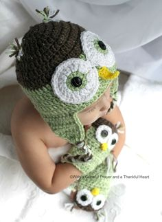 Chloe Picks an Owl Hat - link to crochet hat pattern with matching hand warmer mitts included in post