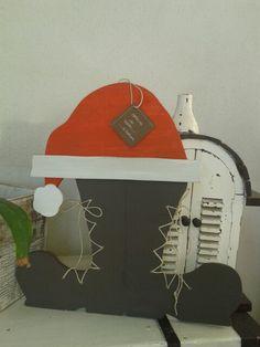 Scarponi di Babbo Natale in materiale di recupero. € 52