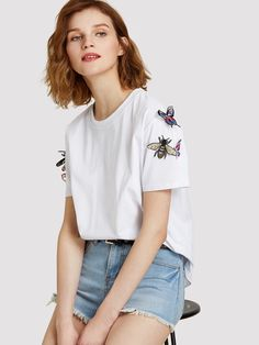 To find out about the Applique Embellished Tee at SHEIN, part of our latest T-Shirts ready to shop online today! Fashion Idol, Fashion Wear, Fashion Outfits, Women's Dresses, Mexican Shirts, Shirt Embroidery, Tee Shirt Designs, Fashion Project, Playing Dress Up