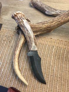 Diy Knife Handle, Antler Knife Handle, Knife Handles, Home Made Knives, Obsidian Blade, Knife Template, Blacksmithing Knives, Knife Making Tools, Knife Patterns