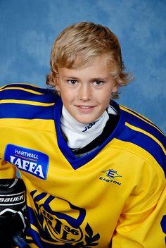 #urheilukuva #joukkuekuva #jääkiekko #lätkä #icehockey #hockey #meidänjengi #muotokuva #valokuva #kuvaverkko © Kuvaverkko Oy