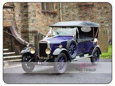 Wedding Car. Rhian Pieniazek Photography 2014.