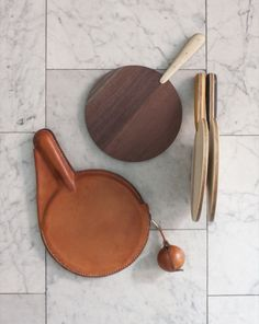 Ping Pong paddles and cases - PHOTO ALBUM | BDDW