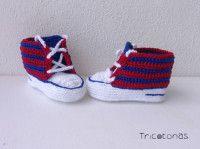 Zapatillas deportivas Barça crochet bebé Patucos para bebé del FC Barcelona a ganchillo.