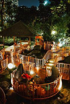jimBARan Outdoor Lounge at InterContinental Jakarta MidPlaza Outdoor Lounge, Outdoor Restaurant Design, Deco Restaurant, Outdoor Cafe, Architecture Design, Jimbaran, Restaurant Interior Design, Home And Deco, Cafe Design