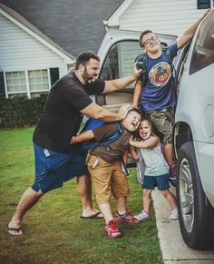 My kids First day of school picture back to school funny picture HNM Photography