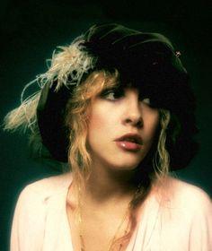 Love this look on Stevie Nicks