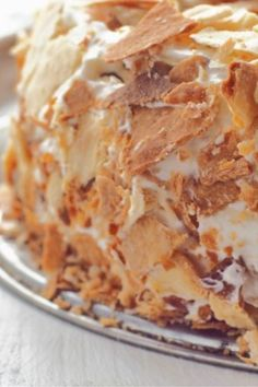 Blacksmith cake with milk girl Delicious sour cream recipe Schmandtorte mit Milchmädchen Healthy Dessert Recipes, Cupcake Recipes, Cookie Recipes, Philadelphia Classic Cheesecake Recipe, Low Fat Cake, German Baking, Desserts Sains, Bon Dessert, Flaky Pastry