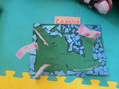 Canada flag-map craft idea