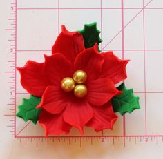 6 poinsettia fondant sinista fondant flowers cake cake toppers decorations Christmas ornament in red green gold - 6 edible poinsettia fondant flowers from cupcake cake Clay Christmas Decorations, Christmas Cake Designs, Gold Christmas Ornaments, Polymer Clay Christmas, Christmas Flowers, Christmas Cupcakes, Christmas Crafts, Fondant Christmas Cake, Red Cupcakes